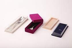 Ювелирная упаковка: футляры для ювелирных изделий и украшений